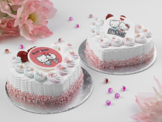 Swensen's x Hello Kitty Valentine's Day Ice Cream Cake_Group