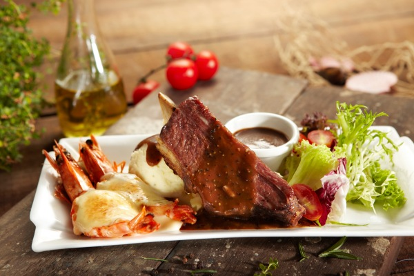 MFM Beefier Catch - Oven Baked Beef Rib & Flaming Prawns ($23.95)