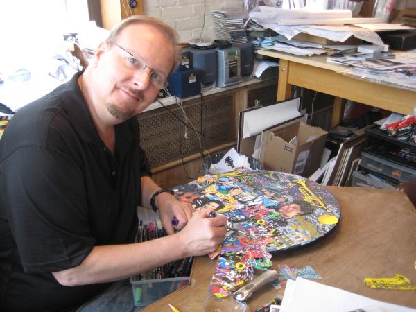 charles-fazzino-working on an art piece